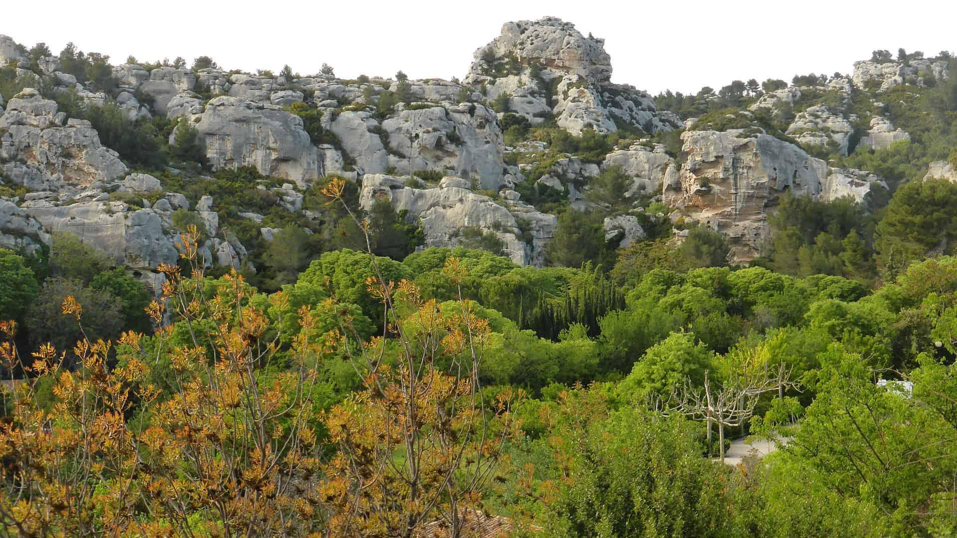נוף סביב Les Baux